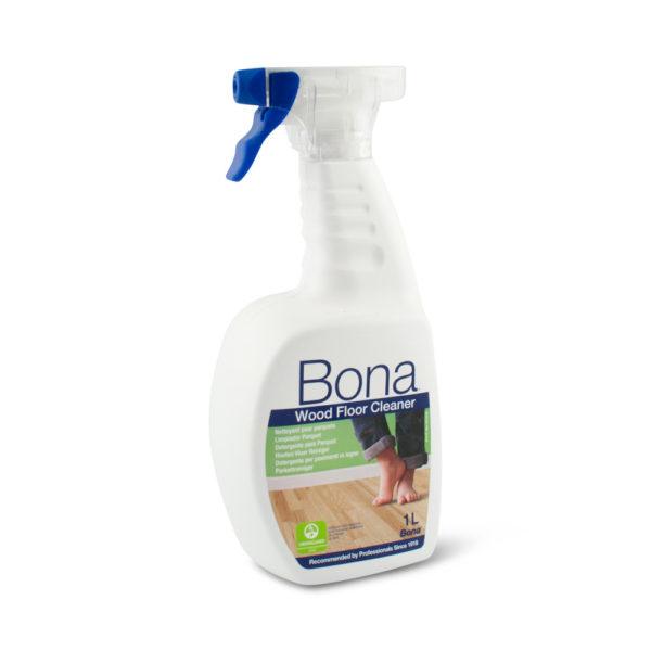 Een sprayflacon Bona Houten Vloer Reiniger